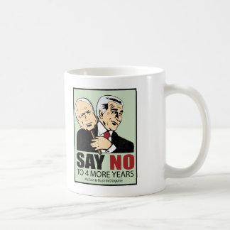 McCain es Bush en disfraz Tazas De Café