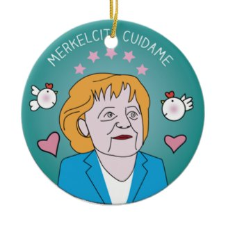 Medallita Merkelcita Cuidame Plis Azul