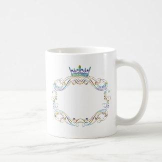 Medallón adornado del marco con la corona taza de café