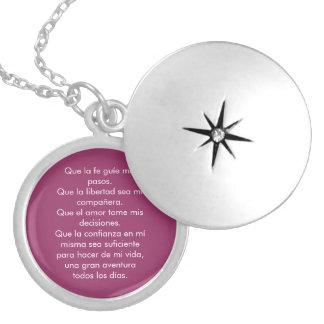 Medallón Mantra de confianza Collar Plateado