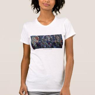 Medio para mujer de la camiseta blanca de los