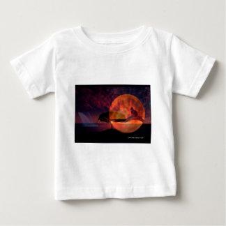 Meditaciones del gato de la luna camiseta de bebé