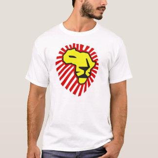 Melena roja del león amarillo este vez para la camiseta