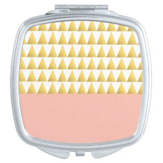 melocotón en colores pastel elegante, falso modelo espejo de maquillaje