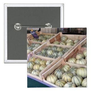 Melones de Charentais exhibidos en colmado Pin