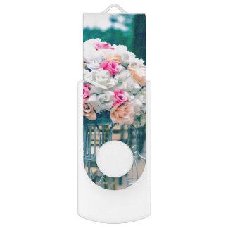 Memoria USB Amor del ramo de la flor y verso de la biblia del