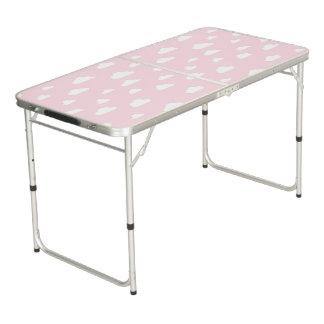 Mesa De Pong Nubes blancas del dibujo animado en modelo rosado