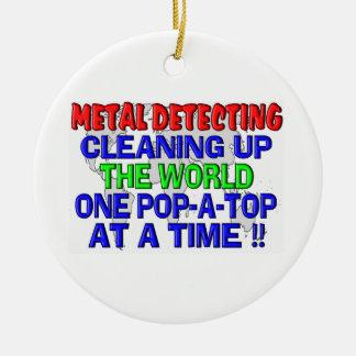 Metal que detecta limpiando el mundo adornos de navidad