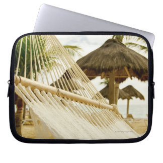 México, Playa del Carmen, hamaca en la playa Mangas Computadora