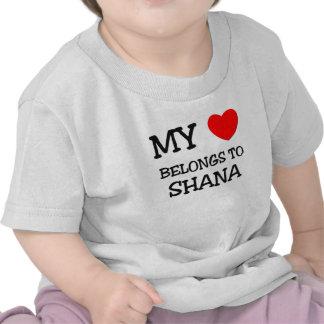 Mi corazón pertenece a SHANA Camisetas