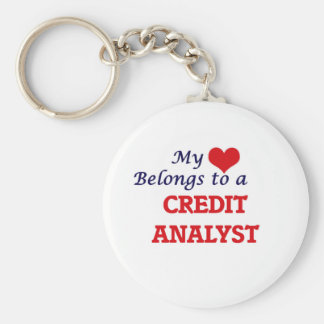 Mi corazón pertenece a un analista de crédito llavero redondo tipo chapa