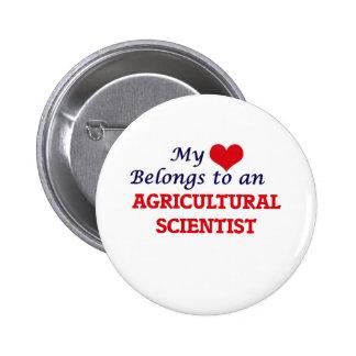Mi corazón pertenece a un científico agrícola chapa redonda de 5 cm