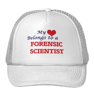 Mi corazón pertenece a un científico forense gorras