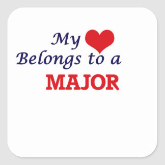 Mi corazón pertenece a un comandante pegatina cuadrada