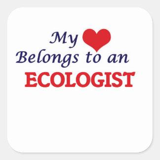 Mi corazón pertenece a un ecologista pegatina cuadrada