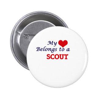 Mi corazón pertenece a un explorador chapa redonda de 5 cm