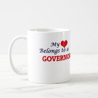 Mi corazón pertenece a un gobernador taza de café
