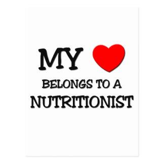 Mi corazón pertenece a un NUTRICIONISTA Postal