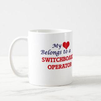 Mi corazón pertenece a un operador de centralita taza de café