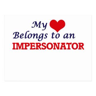 Mi corazón pertenece a un personificador postal