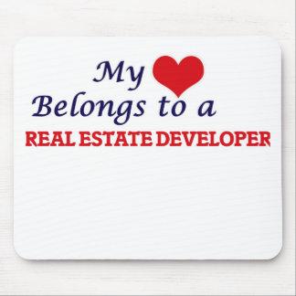 Mi corazón pertenece a un promotor inmobiliario alfombrilla de ratón