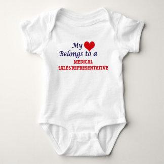 Mi corazón pertenece a un representante de ventas body para bebé