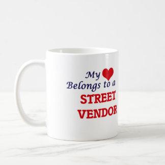 Mi corazón pertenece a un vendedor ambulante taza de café