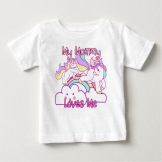 Mi mamá me ama unicornio camiseta de bebé