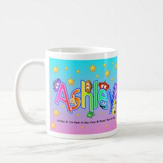 Mi nombre es Ashley Taza Básica Blanca