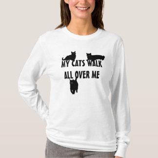 Mi paseo de gatos por todo mí camiseta