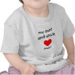 Mi tía y tío me aman camiseta