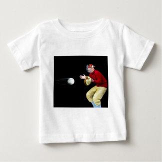 Mi viejo hombre es diapositiva de linterna mágica camiseta de bebé