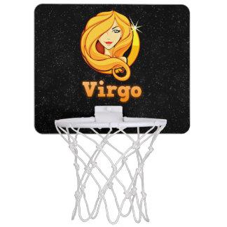 Miniaro De Baloncesto Ejemplo del virgo
