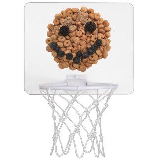 Minicanasta De Baloncesto Cara sonriente linda de la fruta y del cereal