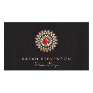 Mirada de madera del adorno rojo elegante del oro tarjetas de visita