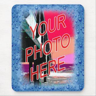 Mirada mojada de la plantilla del marco de la foto alfombrilla de ratón