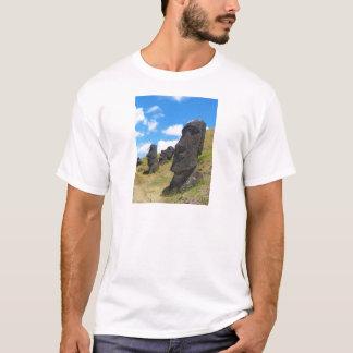 Moai en la isla de Rano Raraku pascua Camiseta