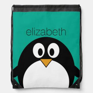 Mochila Con Cordones esmeralda linda y negro del pingüino del dibujo