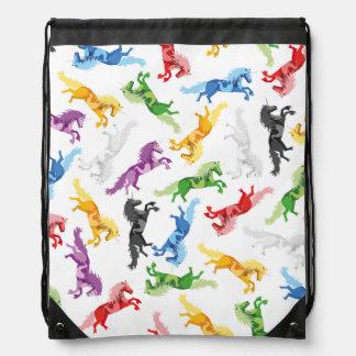 Mochila Con Cordones Unicornio coloreado del modelo