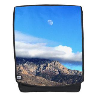 Mochila Luna y nubes sobre Sandias