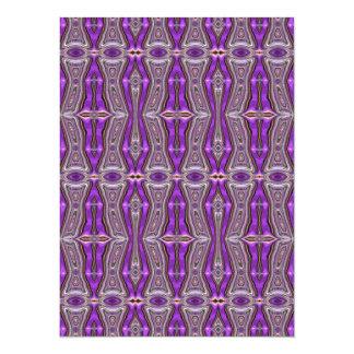 Modelo abstracto geométrico violeta invitacion personalizada