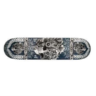 Modelo adornado del cráneo del girasol tabla de patinar