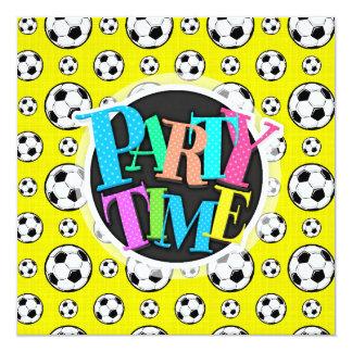 Modelo amarillo brillante del balón de fútbol invitación 13,3 cm x 13,3cm