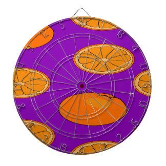 Modelo anaranjado de la fruta tablero dardos