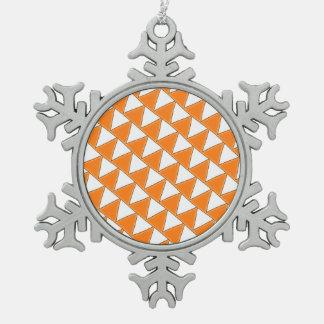 Modelo anaranjado y blanco de los triángulos adornos