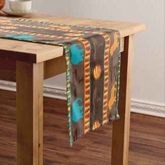 Modelo animal tribal africano que cena el corredor camino de mesa