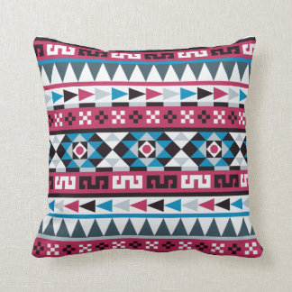 Modelo azteca púrpura y azul de la frambuesa cojín decorativo