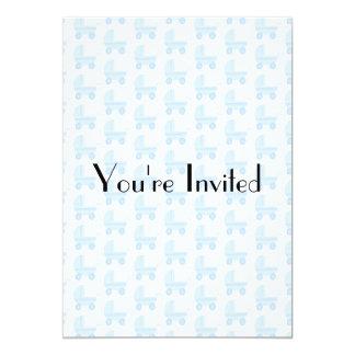 Modelo azul claro y blanco del cochecito de bebé invitación 12,7 x 17,8 cm