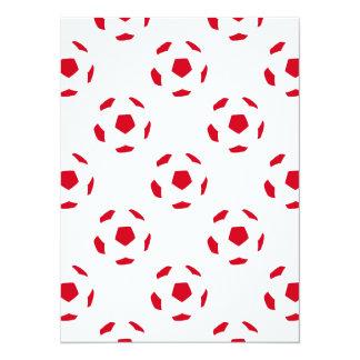 Modelo blanco y rojo del balón de fútbol invitación 13,9 x 19,0 cm