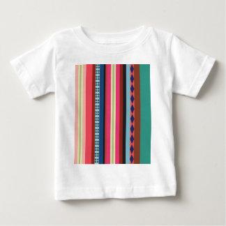 Modelo boliviano camiseta de bebé
